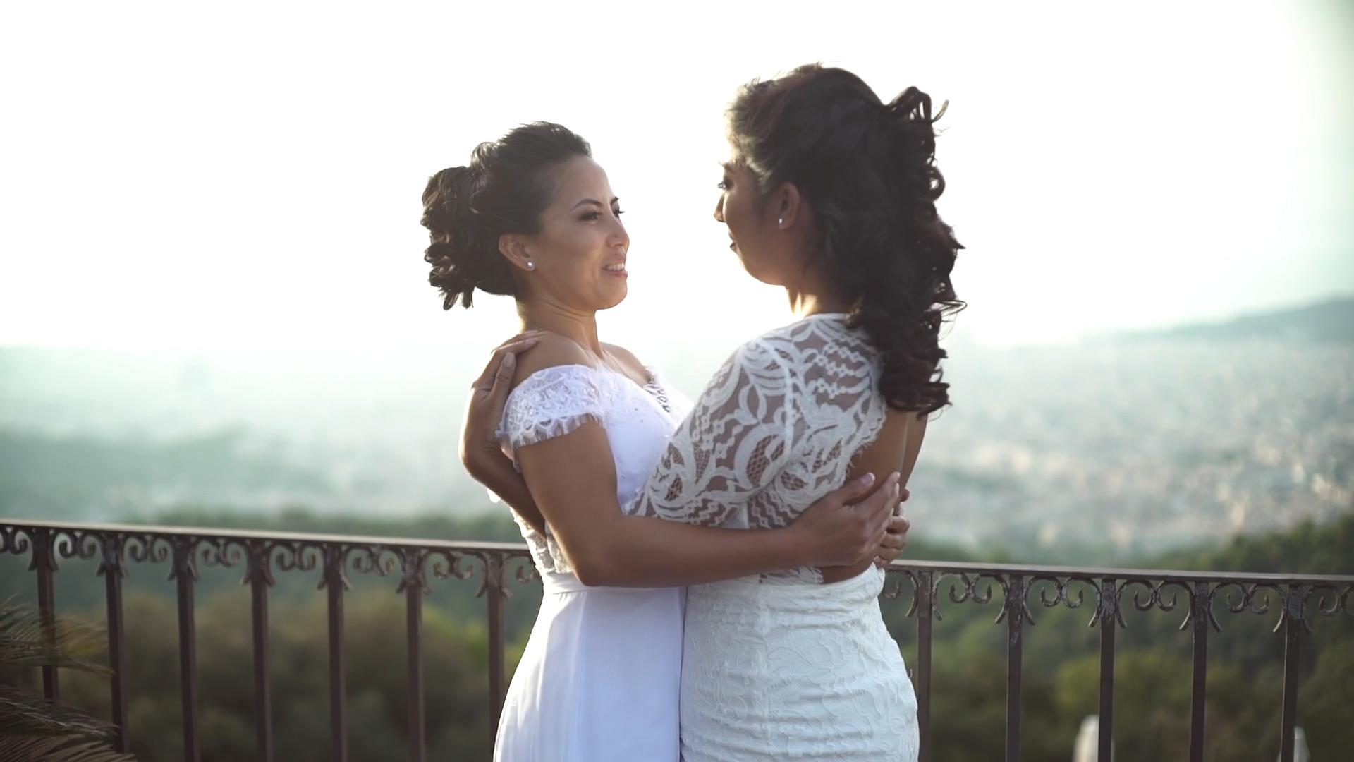 elopement in barcelona Nathalia & Alyssa5