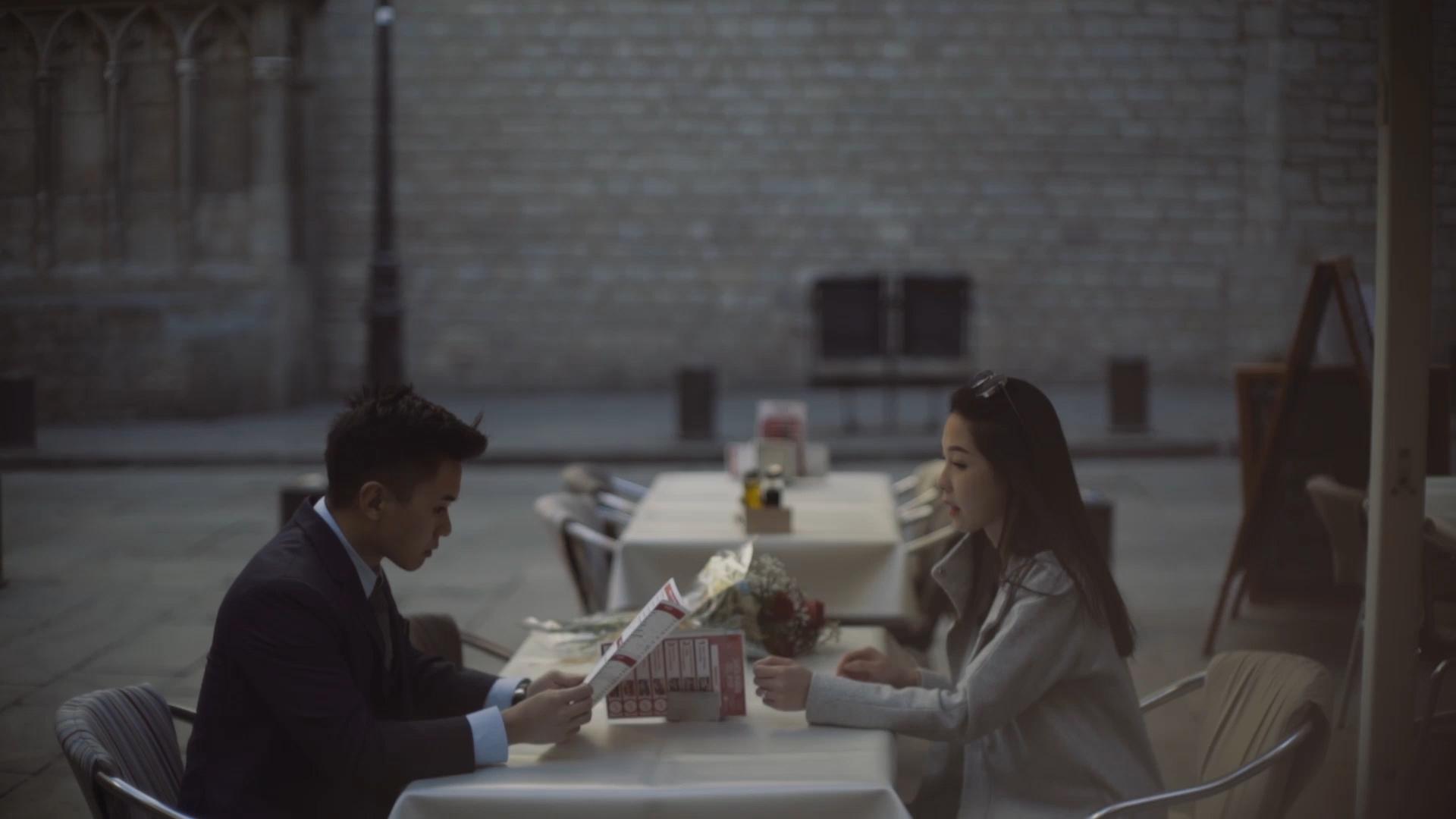 proposal video in barcelona d&w 7